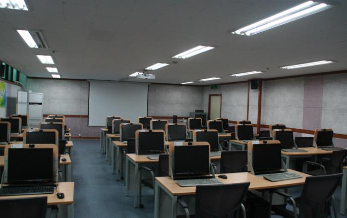 교육3실(본부동 지하)