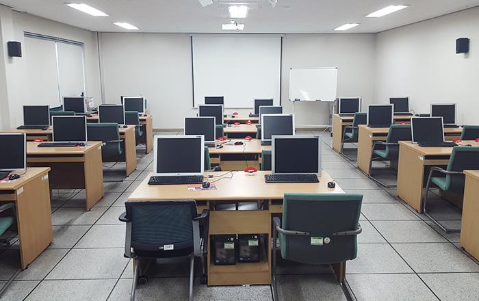 교육1실(본부동 3층)